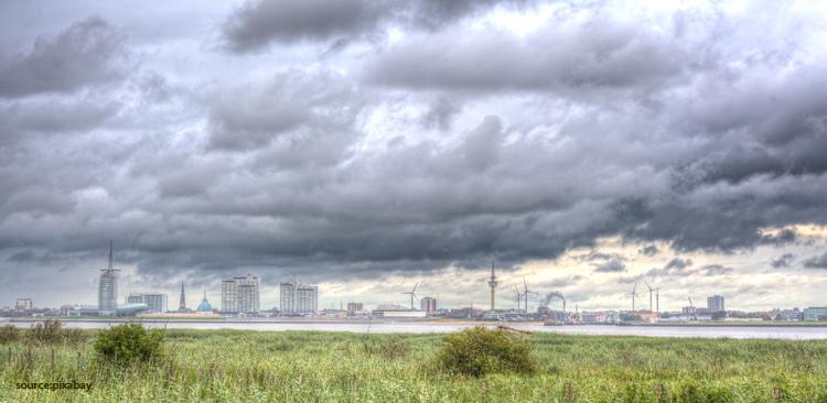 Extremwetterereignisse und Bremer Logistik-Branche: BreLogIK lernt den Zusammenhang